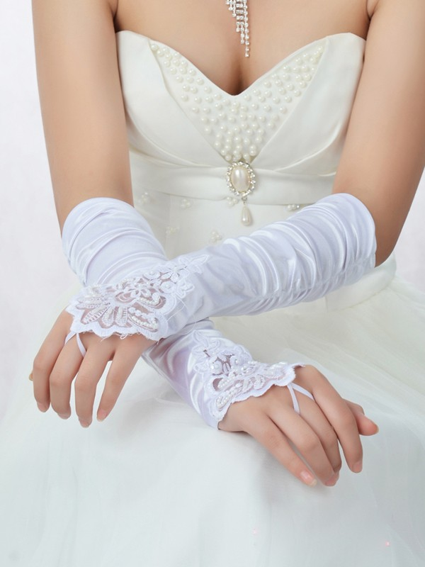 Romantic Blonder Silkesateng Perler Bridal Gloves