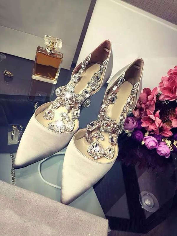 Closed Toe Silkesateng Stiletto Heel With Swarovski Chain High Heels