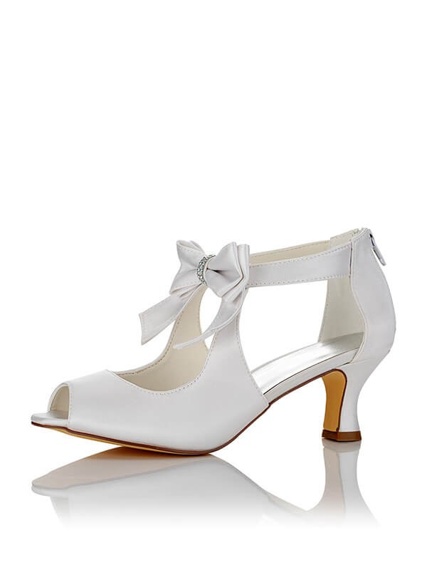 Silkesateng PU Peep Toe Spool Heel Wedding Shoes