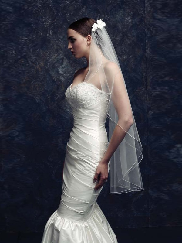 Gorgeous Flower Tyll Bridal Veils