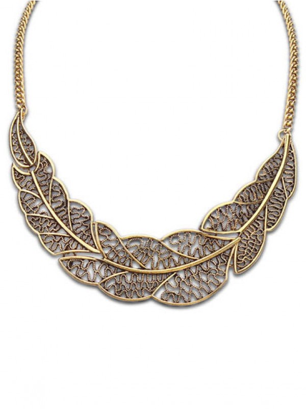 Occident Foreign orders Simple Hollow Tree leaf Fashion Necklace