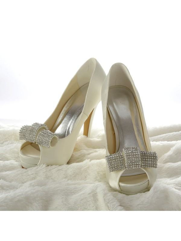 Silkesateng Stiletto Heel Peep Toe Platform Elfenben Wedding Shoes With Swarovski